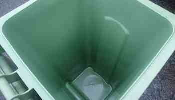 Clean Wheelie Bin